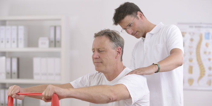 Everything You Need to Know About Becoming a Physical Therapy Aide